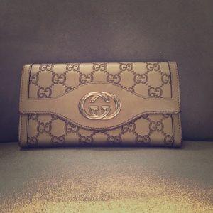 GUCCI Guccissima Interlocking G Continental Wallet